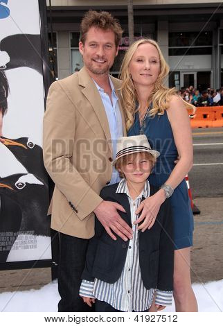 LOS ANGELES - JUN 12:  James Tupper, Anne Heche & Homer arriving to