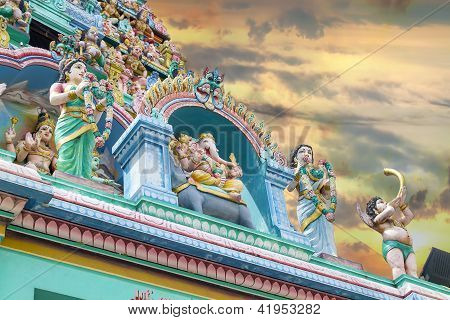 Sri Layan Sithi Vinayagar Temple Towers