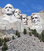 picture of abraham  - Vertical image of Mount Rushmore National Monument in South Dakota - JPG