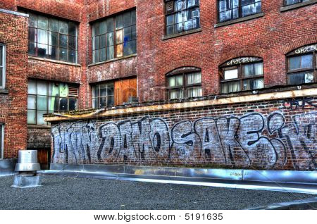 Urban Decay Graffiti