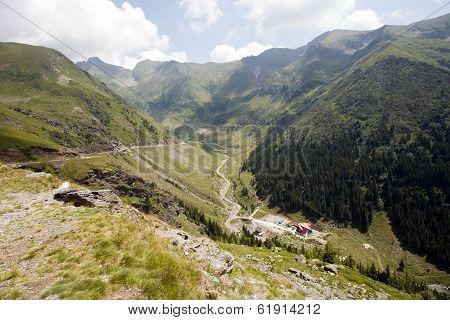 Beautiful Mountain Road View