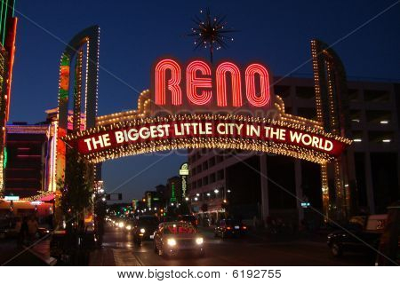 Reno Welcome Sign At Night