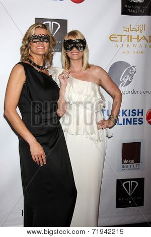 LOS ANGELES - SEP 13:  Missi Pyle, Bonnie Somerville at the 5th Annual Face Forward Gala at Biltmore Hotel on September 13, 2014 in Los Angeles, CA
