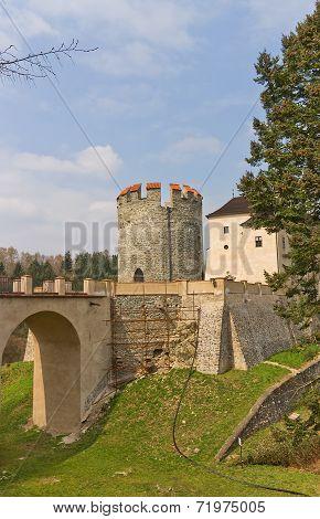 Chesky Shternberk Castle (1241) In Czech Republic