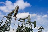picture of oil derrick  - oil pumps - JPG