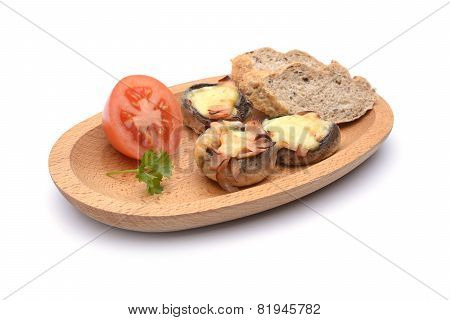 Baked Mushrooms With Tomatoes And Bread