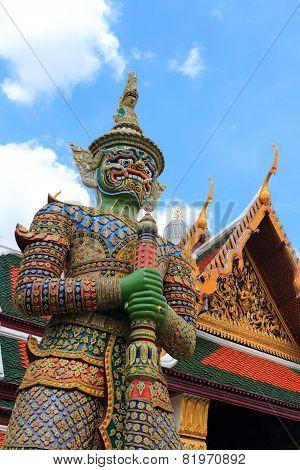 Green Giant Statue in Wat Pra Kaew