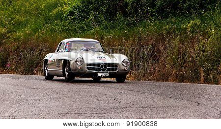 old car MERCEDES BENZ 300 SL Coupé W 198 1955   mille miglia 2015