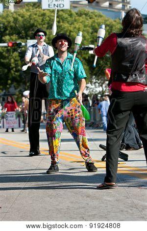 Jugglers Perform At Miami Holiday Parade