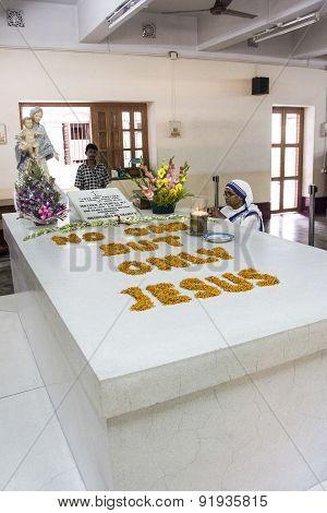Grave Of Mother Teresa In Kolkata