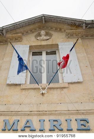 A Picture Of A Very Nice City Hall With Flag Of Europe And France