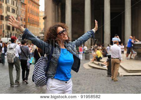 Beautiful young woman in Rome