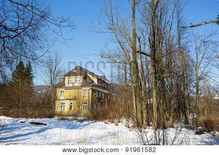A Former Guest House Zychonowka In Zakopane