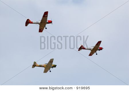 Three Dhc1 De Havilland Chipmunks