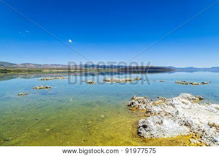Mono Lake In California Near Lee Vining