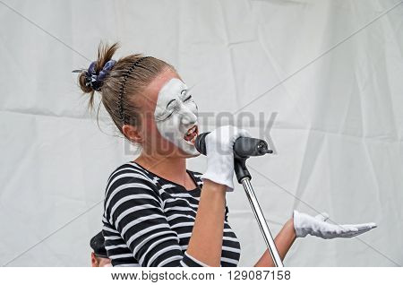 Dnepropetrovsk Ukraine - June 29 2013: Performance mime artists at the city festival of street art