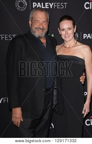 LOS ANGELES - MAR 19:  Dick Wolf, Noelle Lippman at the PaleyFest 2016 - Dick Wolf Salute at the Dolby Theater on March 19, 2016 in Los Angeles, CA