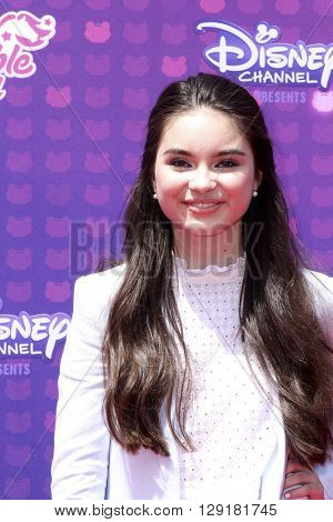 LOS ANGELES - APR 29:  Landry Bender at the 2016 Radio Disney Music Awards at the Microsoft Theater on April 29, 2016 in Los Angeles, CA