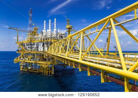 Oil and Gas processing platform that produce natural gas and condensate and sent to onshore refinery, petrochemical plant.