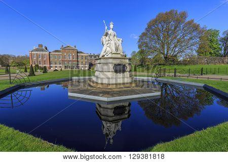 Beautiful Landscape Around Hyde Park