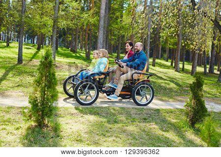Tandem in park