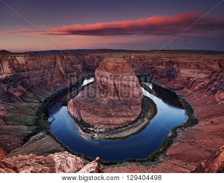 Colorado River at sunrise, Horse Shoe Bend, Page, Arizona, USA