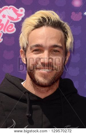 LOS ANGELES - APR 29:  Pete Wentz at the 2016 Radio Disney Music Awards at the Microsoft Theater on April 29, 2016 in Los Angeles, CA