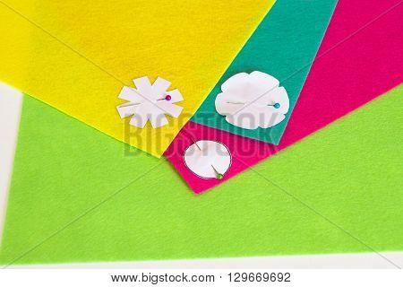 Sewing set for felt brooch flower. DIY concept