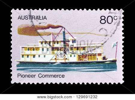 AUSTRALIA - CIRCA 1972 : Cancelled postage stamp printed by Australia, that shows Old steamer.