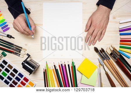 Artist's Hands Top