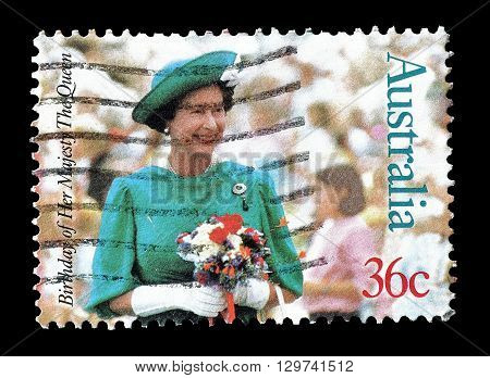 AUSTRALIA - CIRCA 1987 : Cancelled postage stamp printed by Australia, that shows Queen Elizabeth II.