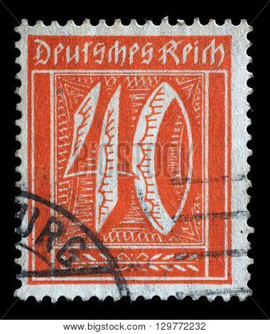ZAGREB, CROATIA - JUNE 22: A postage stamp printed in Germany shows numeric value, circa 1921, on June 22, 2014, Zagreb, Croatia