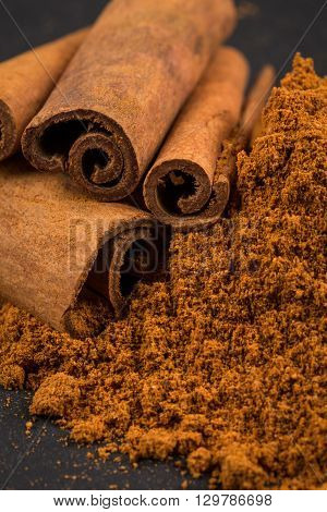 Cinnamon Sticks With Powder.