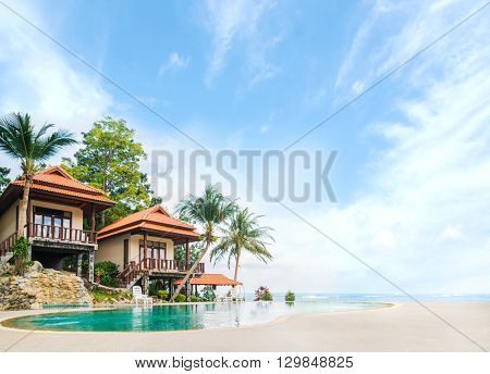 Beautiful Tai bungalow with a swimming pool. Phangan, Thailand.