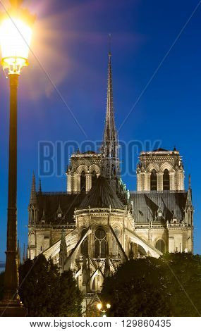 the Notre Dame is a historic catholic cathedral on the eastern half of the Ile de la Cite in the 4th arrondissement of Paris.