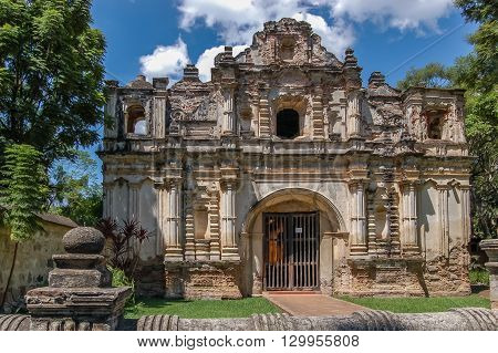 Facade of San Jose el Viejo ruins in colonial city & UNESCO World Heritage Site of Antigua.