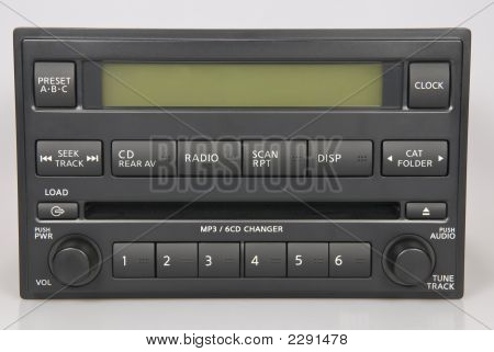 Nissan Bose rádio