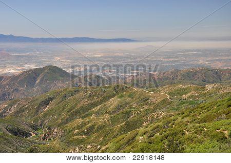 Smog über San Bernardino