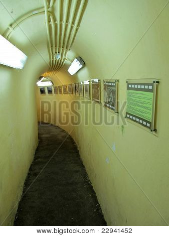 Macau - Guia fortress tunnels