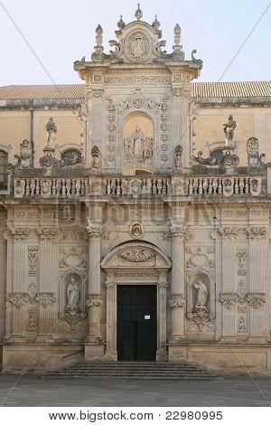 Fachada barroca do Duomo, Lecce, Itália