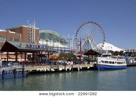 CHICAGO -  AUGUST 26: Chicago´s number one tourist attraction, the Navy Pier, in Chicago on August 26, 2011. The Navy Pier is 3,300 ft long and built in 1916 at a cost of $4.5 million.