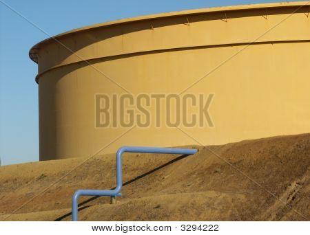 Refinery Oil Tank