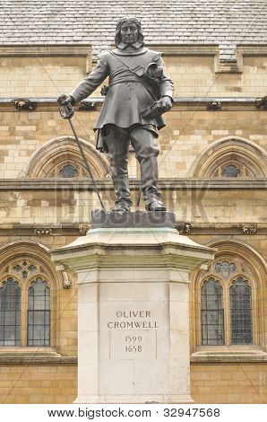 Oliver Cromwell Statue, Parliament
