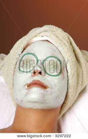 Spa Organic Facial Masque With Cucumber Pads