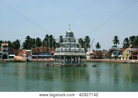 Suchindram temple dedicated to the gods Shiva Vishnu and Brahma protected by UNESCO