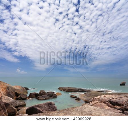 Picturesque cliffs adorn Lamai beach on Koh Samui