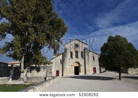 Silvacane Abbey, La Roque d'Antheron, luberon, Provence, France