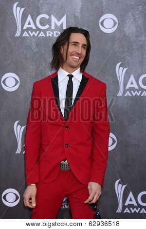 LAS VEGAS - APR 6:  Jake Owen at the 2014 Academy of Country Music Awards - Arrivals at MGM Grand Garden Arena on April 6, 2014 in Las Vegas, NV