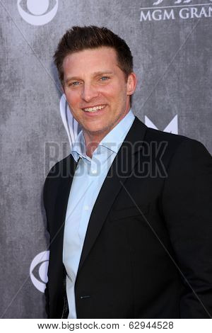 LAS VEGAS - APR 6:  Steve Burton at the 2014 Academy of Country Music Awards - Arrivals at MGM Grand Garden Arena on April 6, 2014 in Las Vegas, NV