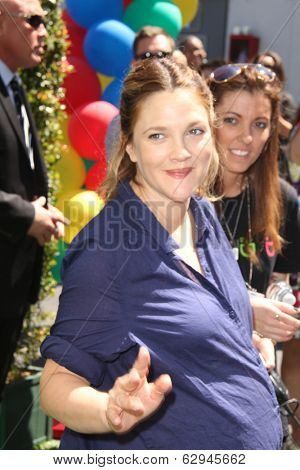 LOS ANGELES - APR 5:  Drew Barrymore at the Safe Kids Day Los Angeles 2014 at The Lot on April 5, 2014 in Wesst Hollywood, CA